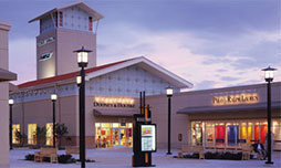 Holiday Shopping in the Aurora Area